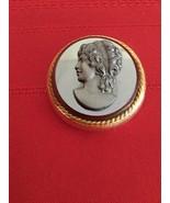 Vtg Capri Jet Black  Glass Cameo Gold tone Brooch Women Pin - $30.00