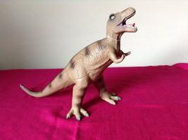 Dinosaur Geo Central Brown Tyrannosaurus T Rex Rubber Toy