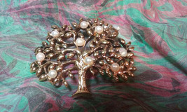 "Vintage Jewelry: 2"" Faux Pearl Tree Broach 2016090314 - $9.99"