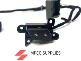 OEM GM Sierra Silverado Yukon 2014-2018 Lock Switch With Harness 84672417 - $49.49