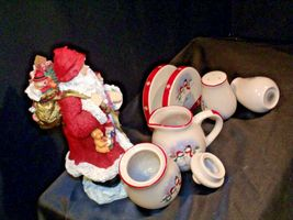 anta and 5 Piece Winter Wishes Table Set AA19-CD0052 Vintage image 5