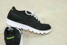 Reebok Black and White Glow Womens Running Shoes Great Condition Sz 4.5 - $37.19