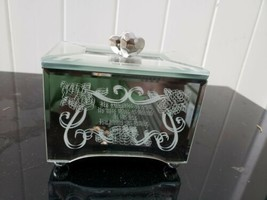 Bradford Exchange Daughter in Law Mirrored Trinket Jewelery Music Box - $23.36
