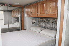 2001 Newmar Dutch Star 4095 For Sale In Palmer, TX 75152 image 4