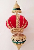 Vintage Christmas Ornament Green Red Gold Dangling Nostalgic Memories 10... - $22.30