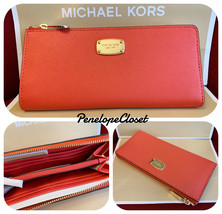 NWT MICHAEL KORS SAFFIANO LEATHER JET SET TRAVEL LG 3/4 ZIP WALLET IN SI... - $48.88