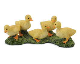Breyer CollectA 88500 Ducklings exceptional detailed baby ducks  <> - $4.89