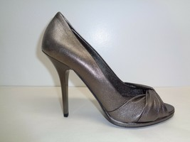 Burberry Size 9.5 Eur 39.5 Dark Nickel Leather Pumps Heels New Womens Shoes - $490.05