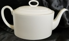 Wedgwood Formal White Teapot 4 cup - $126.23