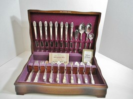 1847 ROGERS BROS 52 pc Silverplate First Love Silverware Flatware in Woo... - $159.40