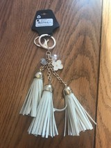 Key Chain Of Small Daisy With 3 tassel Bag decorations Ships N 24h - $14.24