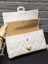 AUTHENTIC Chanel Classic 2.55 Reissue 226 Double Flap Bag Beige GHW image 5