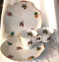 Elbro Luncheonette Plates & Cups (2) Leaf Design Scallop Shell Made in J... - $17.09