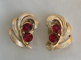 Vintage Lisner Gold and Red Rhinestone Clip Earrings - $16.00