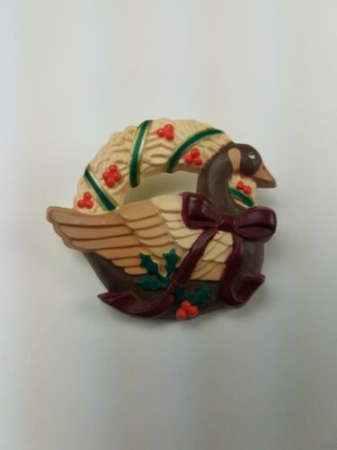 Primary image for 1987 Hallmark Holiday Christmas Pin Wreath w/ Goose Duck