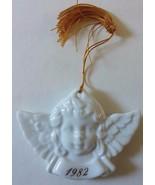 Vintage 1982 Avon Christmas Remembrance White Porcelain Angel Cherub Orn... - $6.80