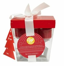 Wilton Metal 5 Pc Cookie Cutter Set Christmas Gift Set Box Red White - $8.70