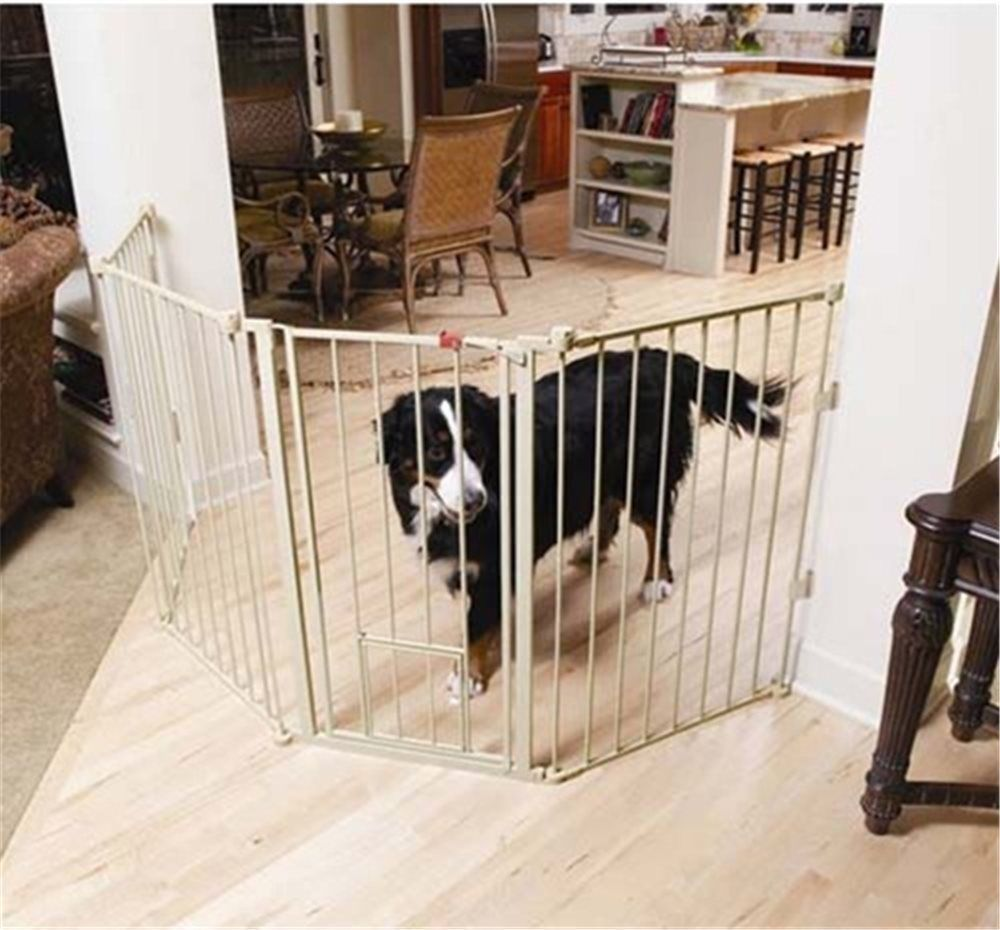 Carlson Flexi Extra-Tall Walk-Thru Gate with Pet Door 1510HPW