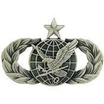 AIR FORCE SENIOR FUEL SUPPLY SUPPORT MILITARY BADGE PIN - $13.53