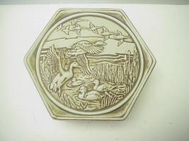 Vintage Avon Birds of Flight Ceramic Carved Jewelry Box 1980 - €16,82 EUR