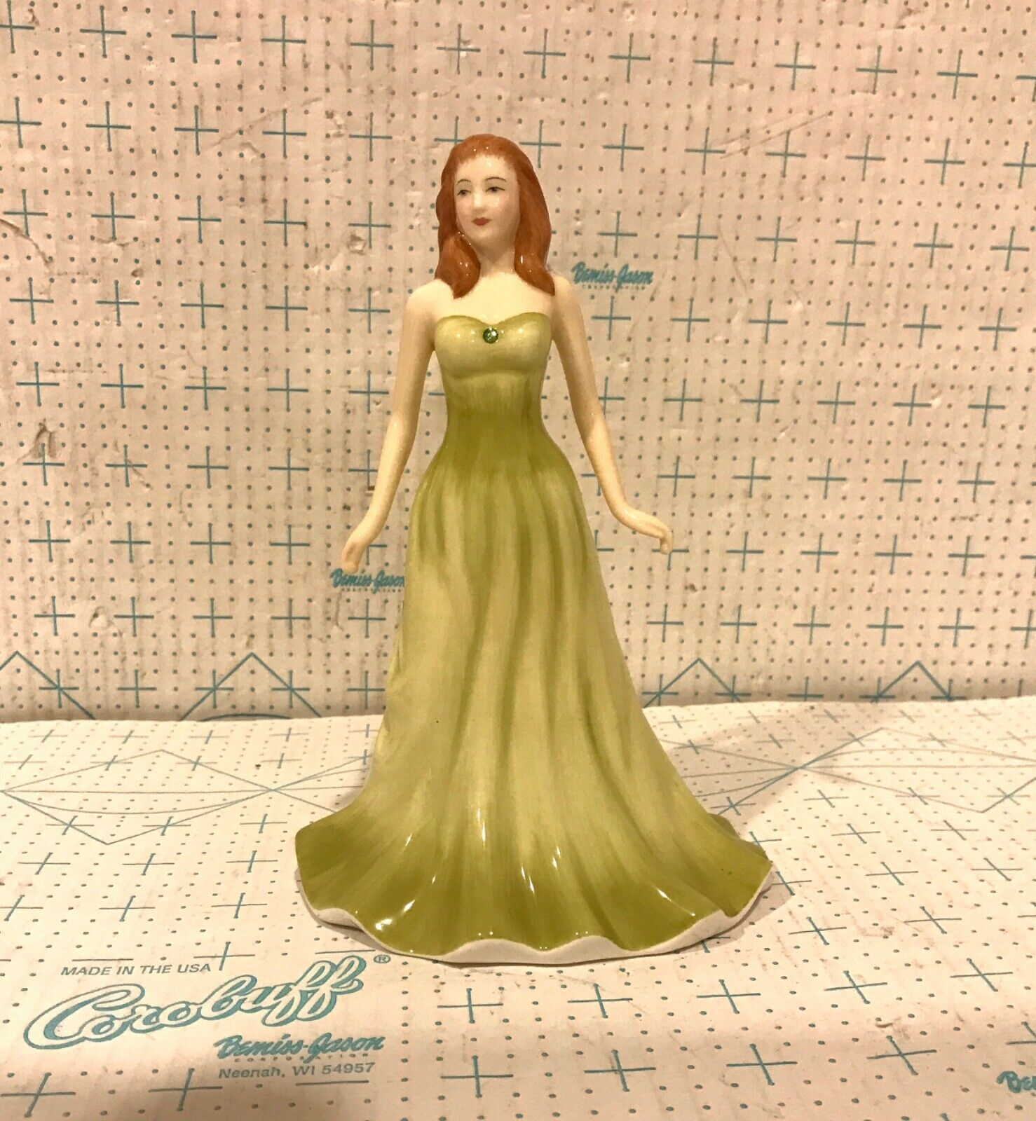 Royal Doulton Porcelain Figurine HN4977 August Peridot Gemstone Collection