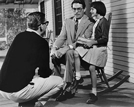 Gregory Peck And Mary Badham In To Kill A Mockingbird Director Robert Mulligan O - $69.99