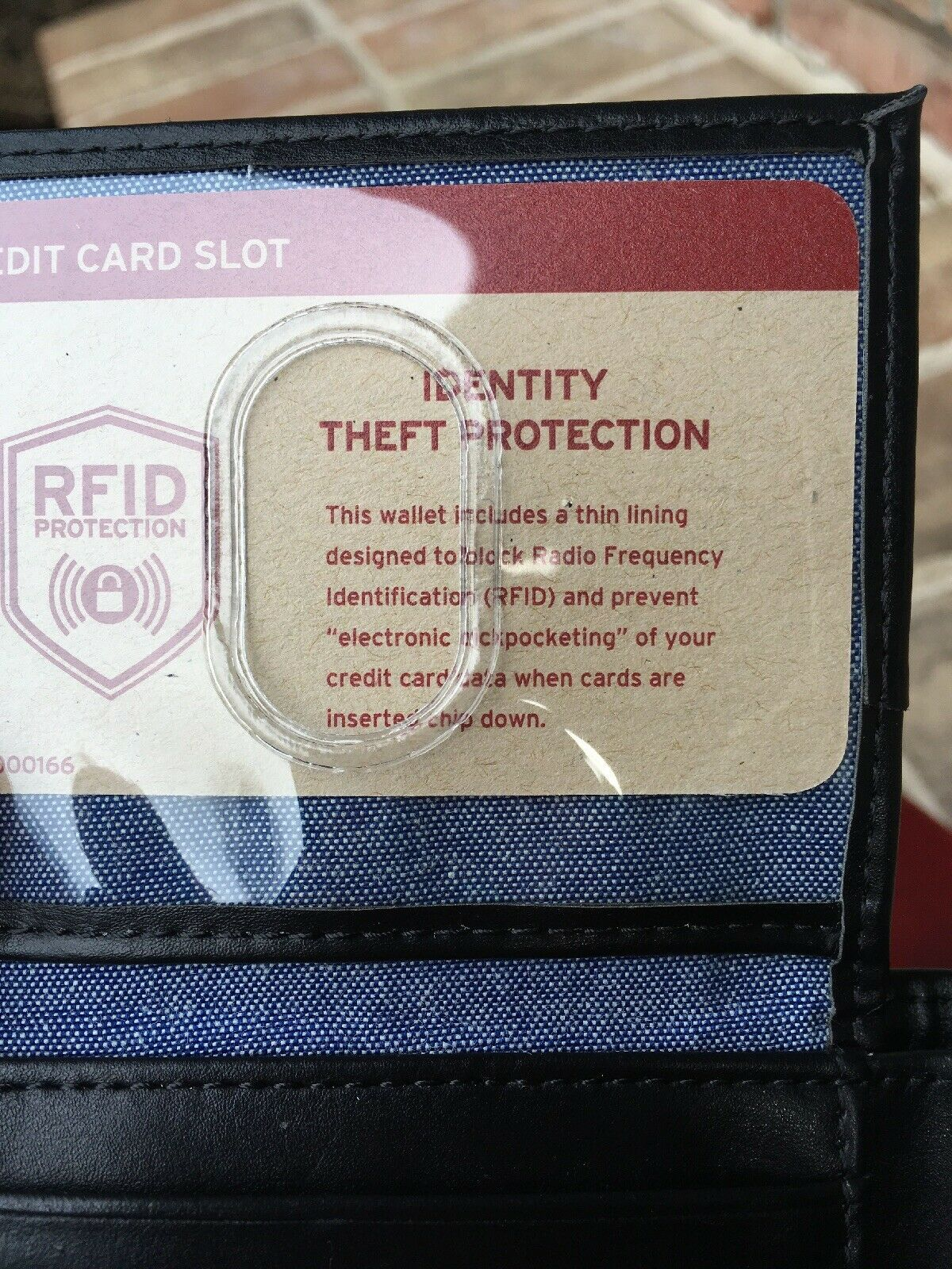 Levi's Men's Black Bifold Leather Wallet RFID Blocking image 4