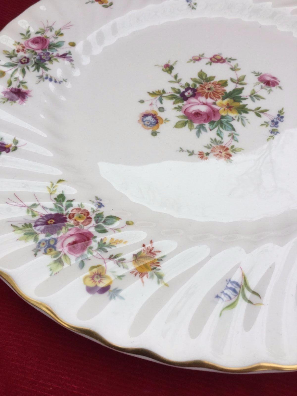 MINTON china LOTHIAN pattern S431 globe SALAD Plate