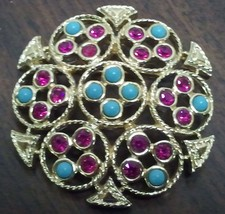 """Sarah Coventry """"Ceylon"""" Brooch Magenta and Turquoise in Gold Toned Setting image 1"""