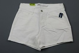 NWT- OLD NAVY The Sweetheart White Jean shorts Size 2 - $12.82