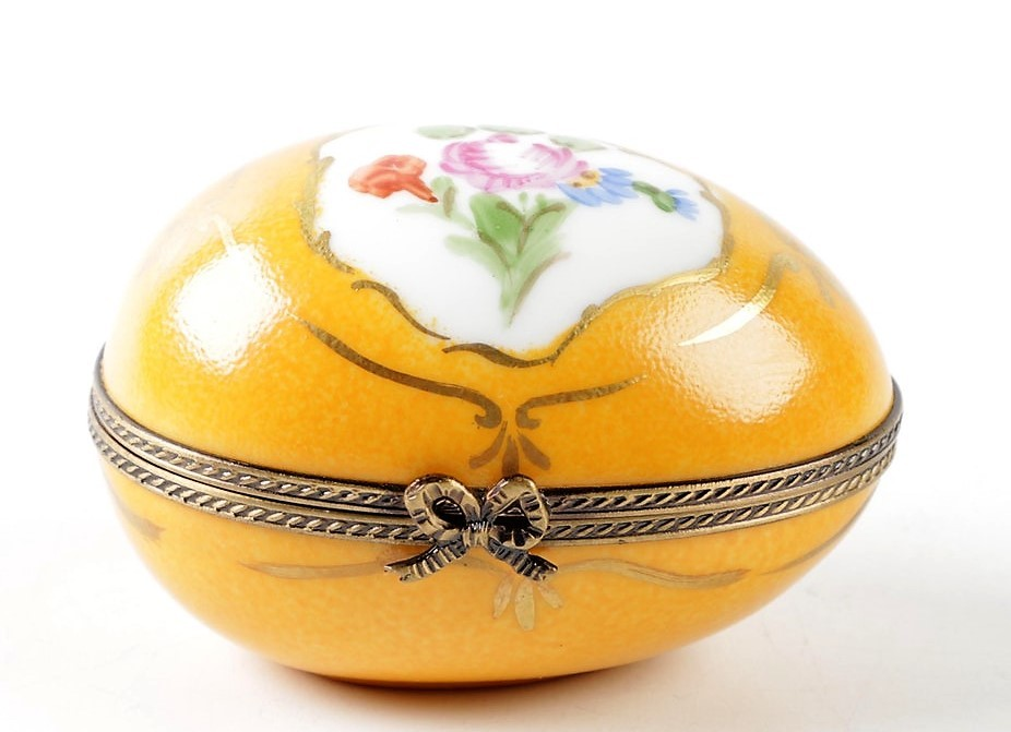 Primary image for Limoges La Seynie Peint Main Foliate Floral egg Shape Trinket Box