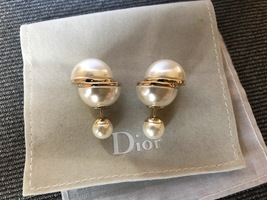 AUTH Christian Dior LIMITED EDITION MISE EN DIOR HALF PEARL EARRINGS