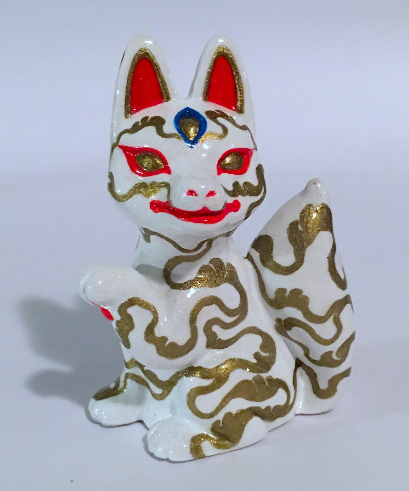 Candi Bolton Resin White and Gold Kitsune Fox