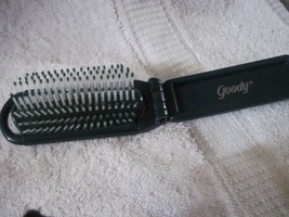 GREEN Goody Compact Collapsible Pocket Travel Purse Brush Old Style Pop Open - $8.00