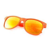 Flash Color Mirror Reflective Horned Rim Sunglasses - £4.73 GBP