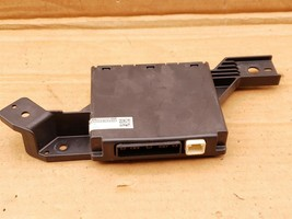 Toyota Camry Air Conditioner AC Amplifier Control Module 88650-06710 image 1