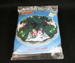 """Vintage Titan Needlecraft Felt Tree Skirt Snowmen 36"""" Style 84051 - $21.77"""