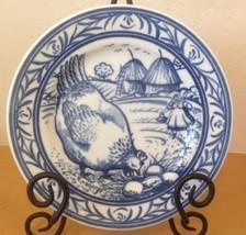 "Williams Sonoma Brittany Blue Chicken Hen Salad Plate Farm Scene 7.75"" Japan - $28.04"