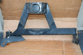 03 04 05 Hummer H2 Rear Bumper Mount Spare Tire Carrier Wheel Bracket Assembly
