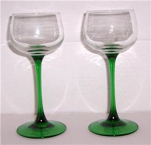 Vintage Arcoroc Luminarc, French, D'Arques, Handblown Green Stem Wine Glass Gobl