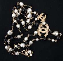 AUTHENTIC CHANEL 2 CC Faux Pearl Gold Black Beaded Long Necklace RARE - $999.00