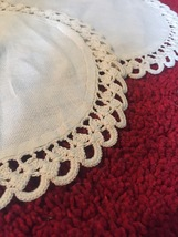Vintage set of 2 round doilies : solid fabric center, embroidered edge image 3
