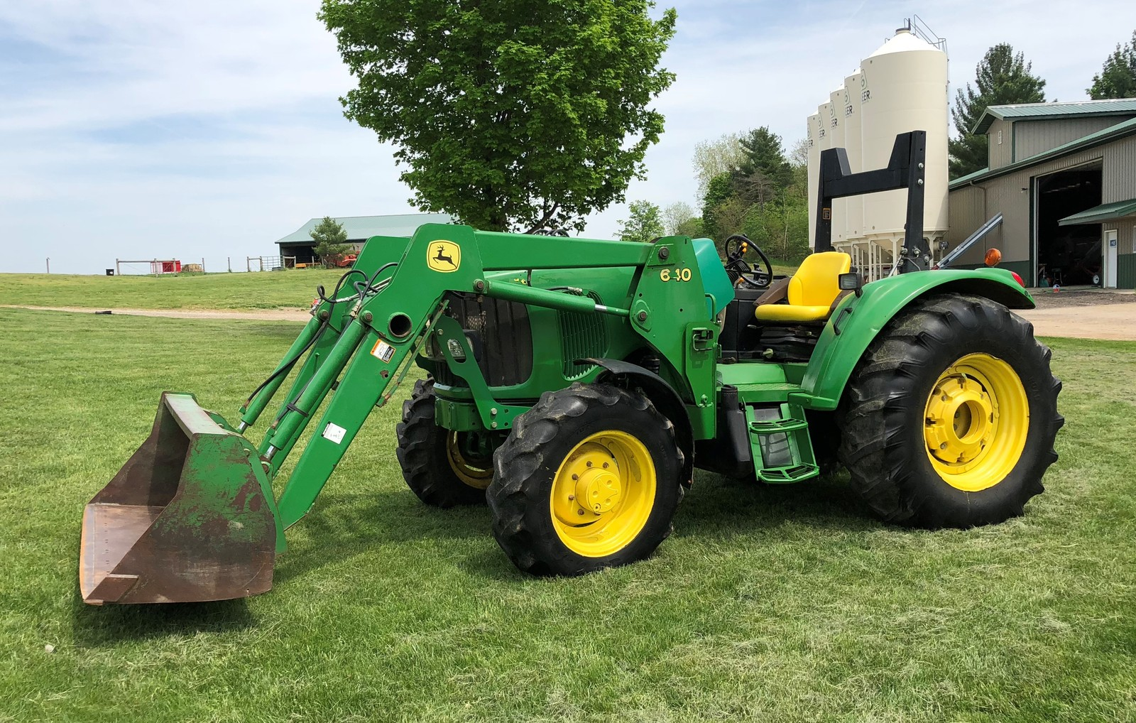 2002 John Deere Model 6220L For Sale in Athens, Michigan 49011