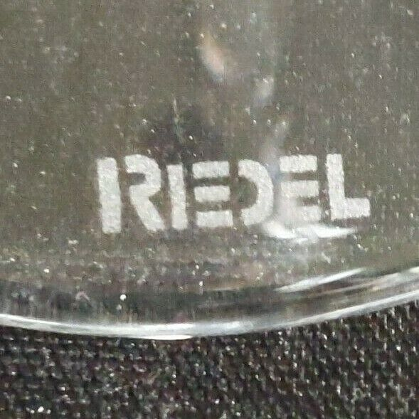 2 (Two) RIEDEL VINUM Lead Free Crystal Fluted Champagne Glass - Signed image 4