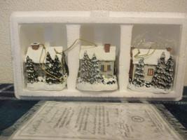 Thomas Kinkade Winter Memories Illuminated Ornaments set of 3 Houses - $21.99