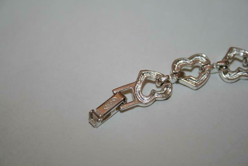 Avon Silvertone Crystal Open Heart Bracelet  J345 image 6