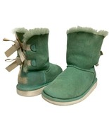 UGG Bailey youth girls boot shearling green bow leather size US 2 - $37.28