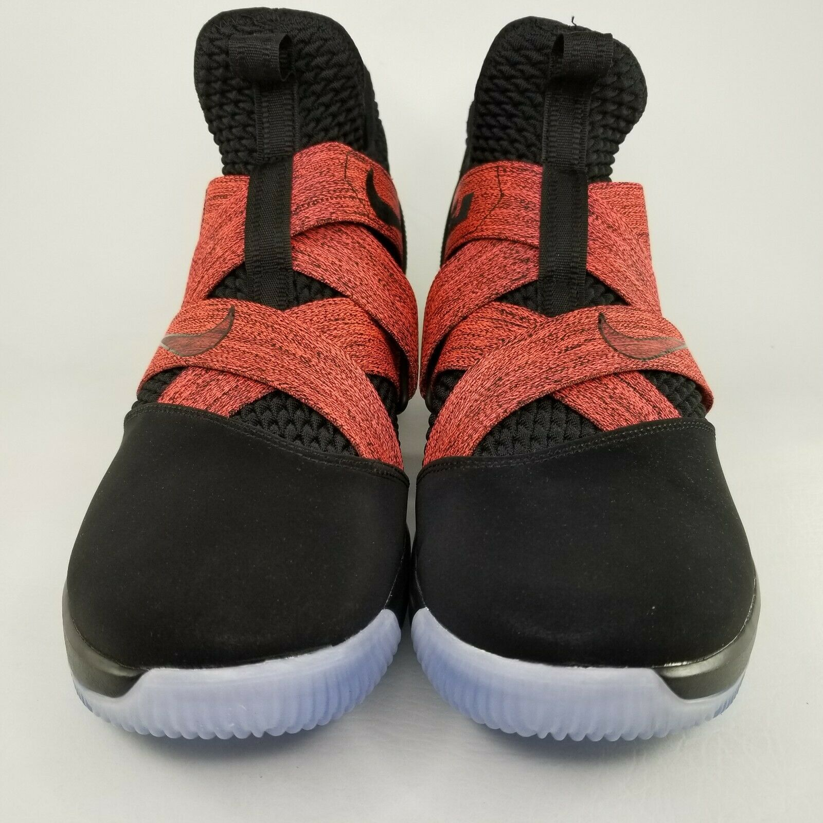Nike LeBron Soldier XII 12 Bred Basketball Shoes Size 13 Mens Black Red