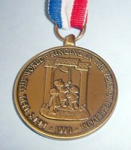 Hummel Medallion 1990 Ringing in Year of Freedom with Ribbon & Box - $24.90