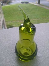 Vintage  Green Viking  Glass Pear Figurine Fruit 5.5 inches tall Mid Century - $22.99